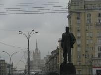 """Паметник """"Маяковски"""" на едноименния площад (на едноименната метростанция), Москва"""
